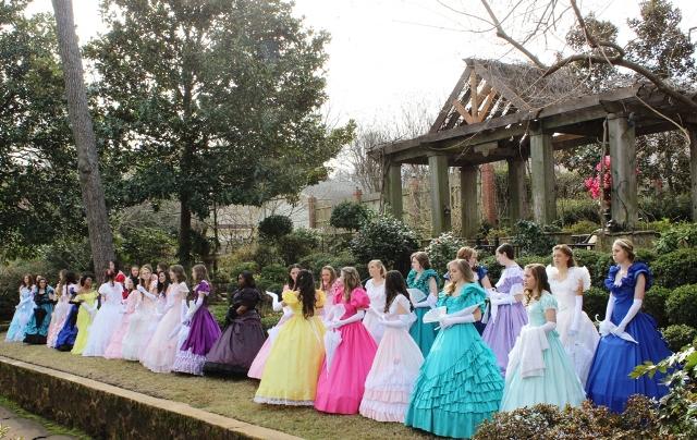 tyler-texas-azalea-trail-2014-azalea-belles